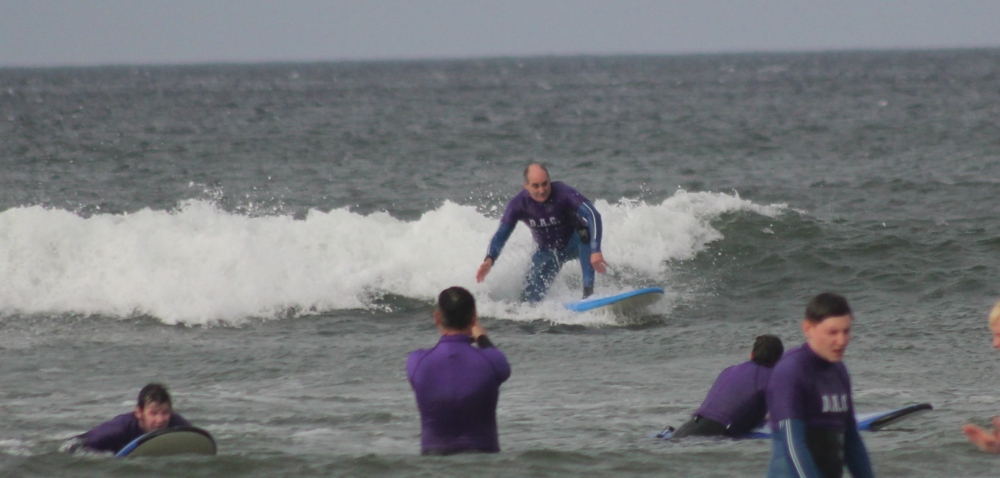 "Charlie ""can surf"" Issacs"